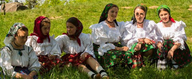Ragazze Rumene
